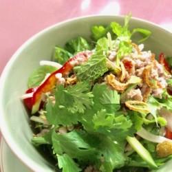 【 ラープ丼 ~豚ひき肉と野菜のサラダ丼~  】